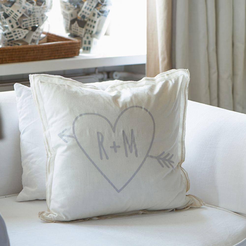 Povlak na polštář Love RM Pillow Cover white 50x50