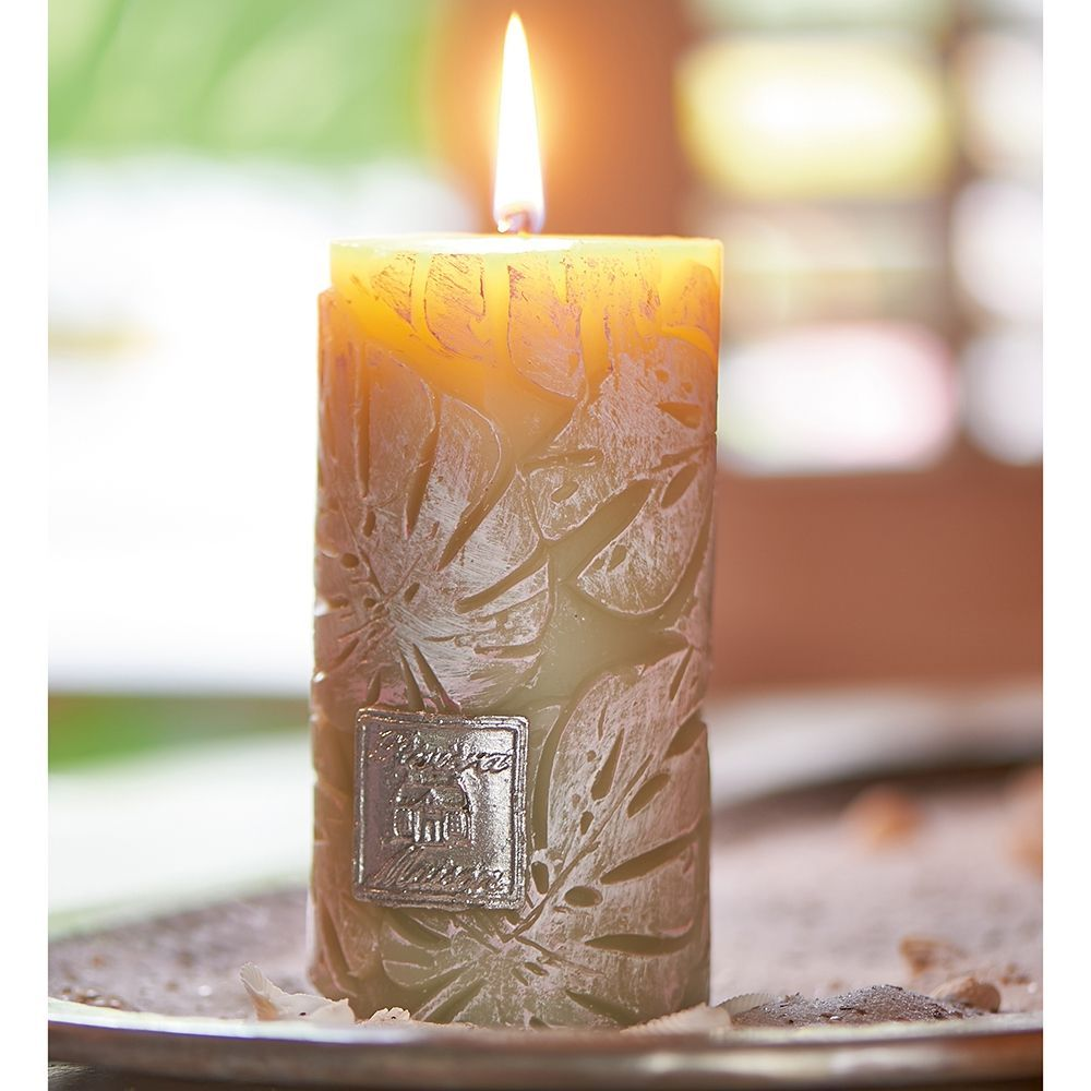 Svíčka Monstera Leaf Candle 7x13