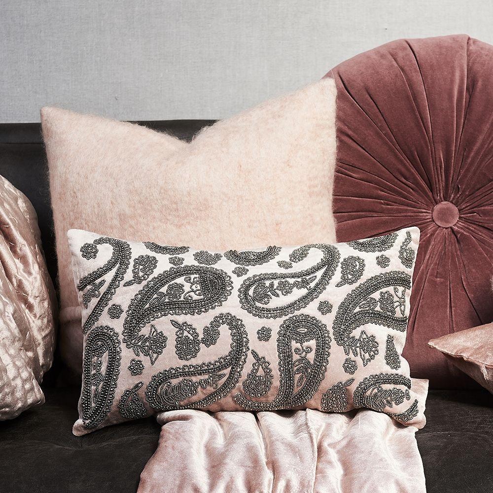 Návlek na polštář Precious Paisley Velvet Pillow Cover soft pink 50 x 30