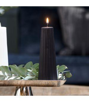 Svíčka Cone Ridged black 7x20